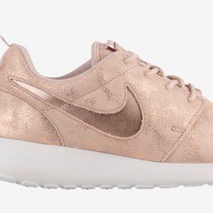 Nike Rosche One
